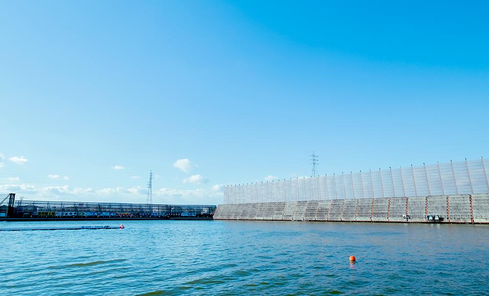 ボートレース津競艇場-1マーク写真