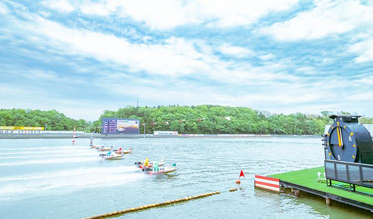 ボートレース三国競艇場-水面写真